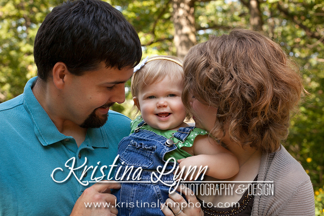 outdoor family photo session by Kristina Lynn Photography & Design based out of Denver CO