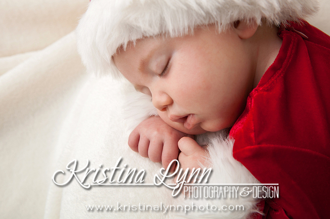 A holiday portrait session by Denver based photographer Kristina Lynn Photography & Design
