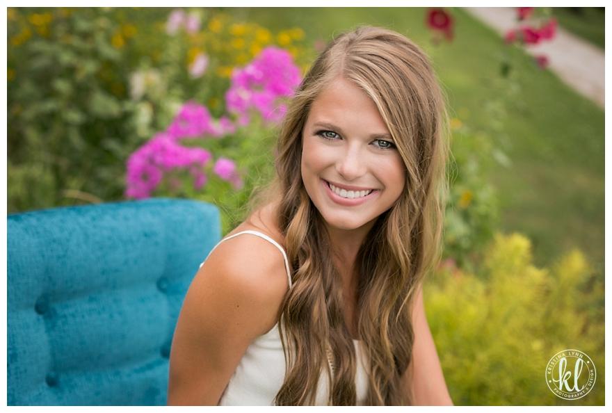 Shanee Iowa High School Senior Photography Stillwater